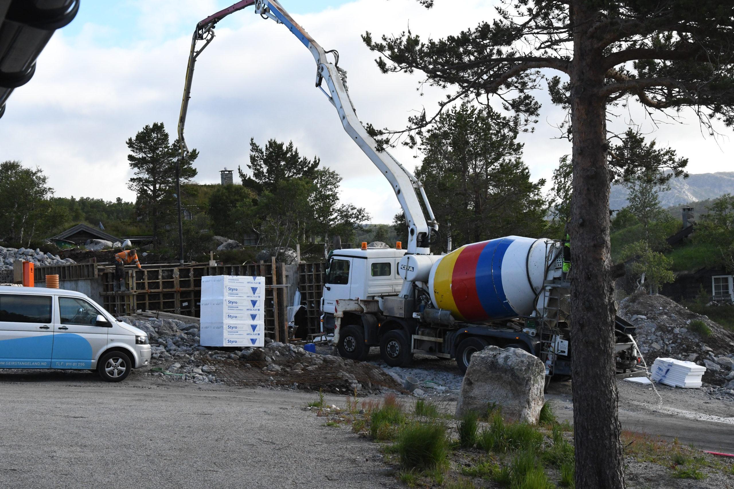 Macintosh HD:Users:Lsir:Leif Sirevåg Dropbox:Leif Sirevåg:Bilder 2020:2020-07-02 07.15.04.jpg