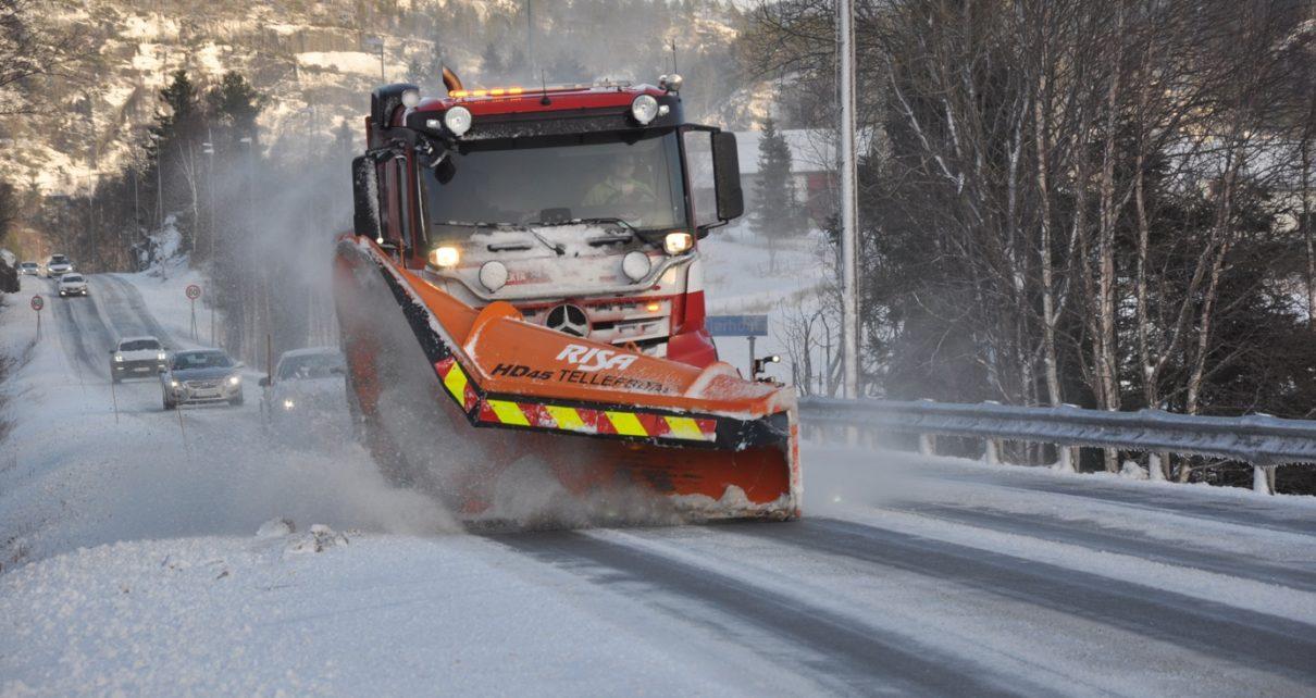 Et bilde som inneholder utendørs, snø, bilvei, reiser Automatisk generert beskrivelse