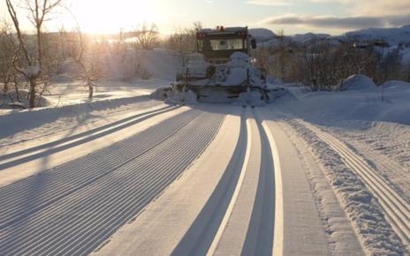 Et bilde som inneholder utendørs, snø, scene, bilvei Automatisk generert beskrivelse