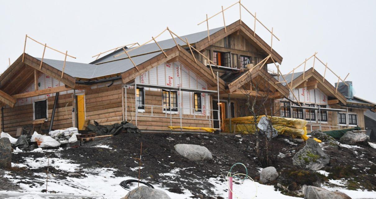 Et bilde som inneholder utendørs, snø, bygning, hus Automatisk generert beskrivelse
