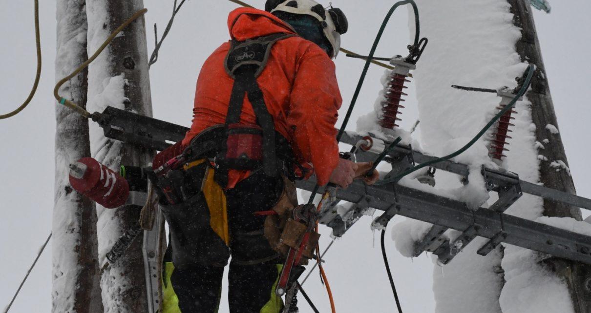 Et bilde som inneholder gå på ski, himmel, utendørs, snø Automatisk generert beskrivelse