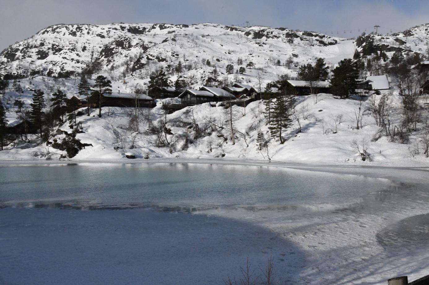 Et bilde som inneholder utendørs, himmel, snø, natur  Automatisk generert beskrivelse