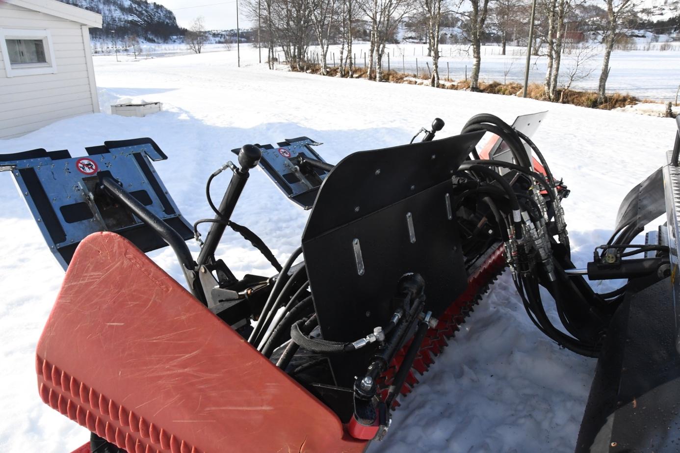 Et bilde som inneholder utendørs, snø  Automatisk generert beskrivelse