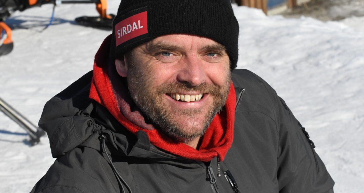 Et bilde som inneholder person, snø, utendørs, mann Automatisk generert beskrivelse