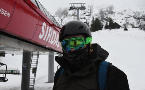 Et bilde som inneholder utendørs, snø, himmel, person Automatisk generert beskrivelse