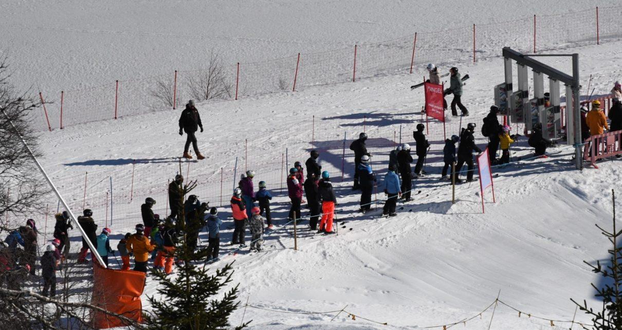 Et bilde som inneholder utendørs, snø, tre, transport Automatisk generert beskrivelse