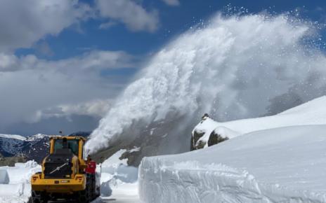 Et bilde som inneholder snø, himmel, utendørs, natur Automatisk generert beskrivelse